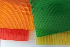 Injection Molding Company - Polycarbonate