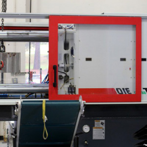 Cost of Injection Molding vs Thermoforming Plastics | API